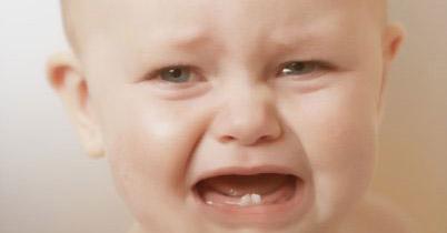 Photo of Bebekler, annelerinin anadiline göre ağlıyor